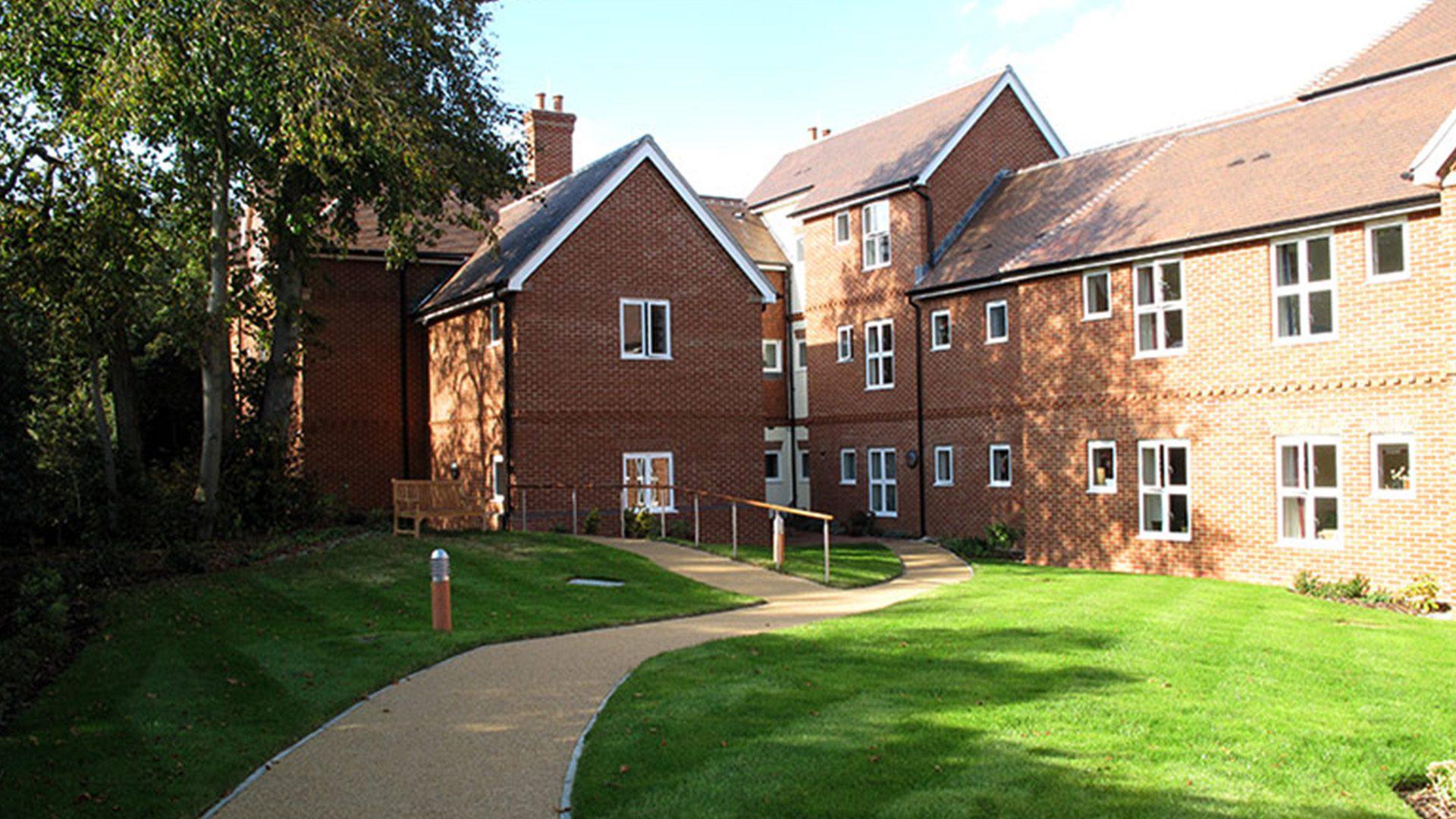 nursing home in farnham Hill House